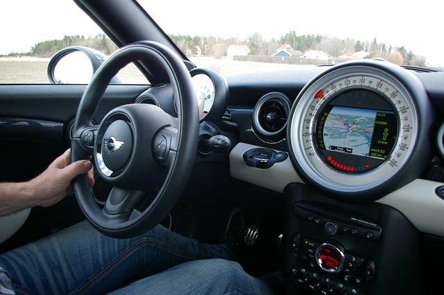 driver 739899 640 Prawda o kulturze kierowców na polskich drogach i nie tylko