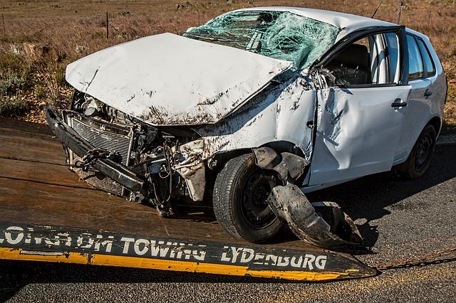 Wypadki samochodowe dzisiaj – skąd brać informacje?