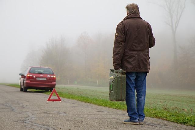 obowiazkowe wyposazenie samochodu 2 Kompendium wiedzy o obowiązkowym wyposażeniu samochodu?